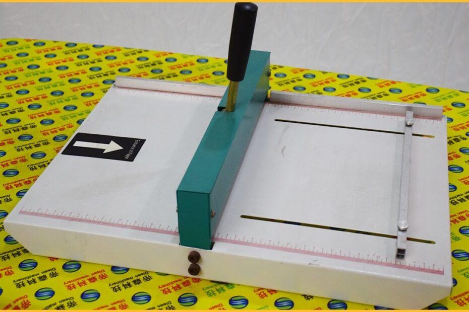 Máquina para hendido manual.