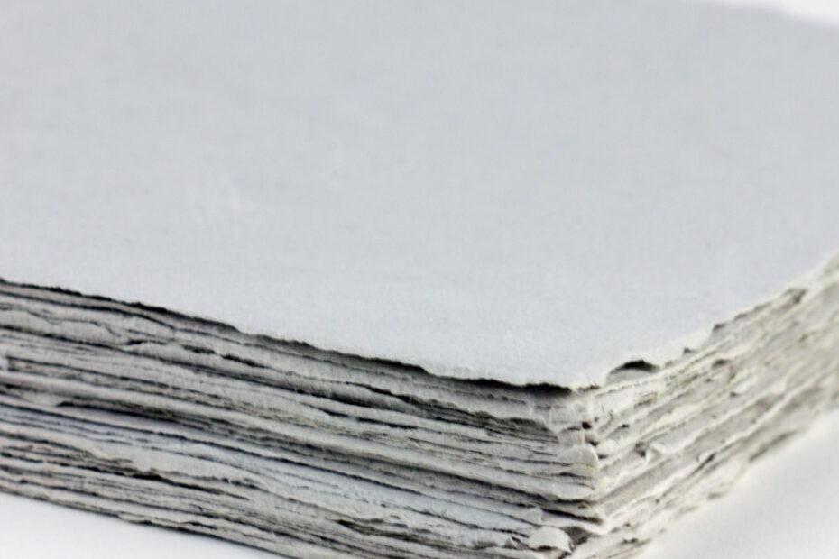 Ejemplo de folios de papel piedra.