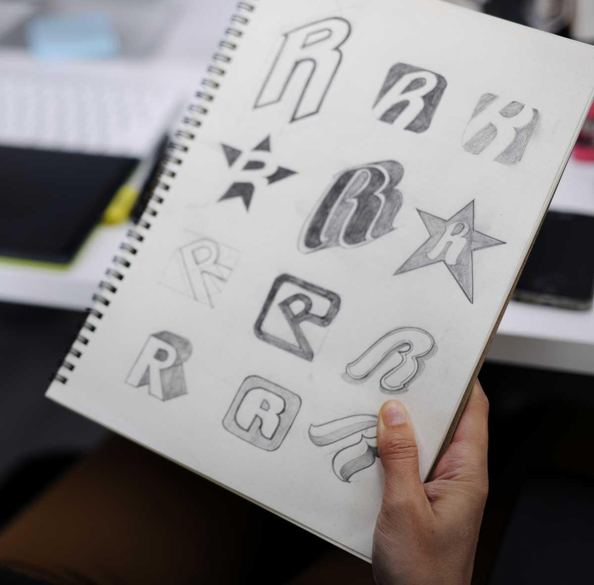 Cómo diseñar un logo memorable para tu marca.